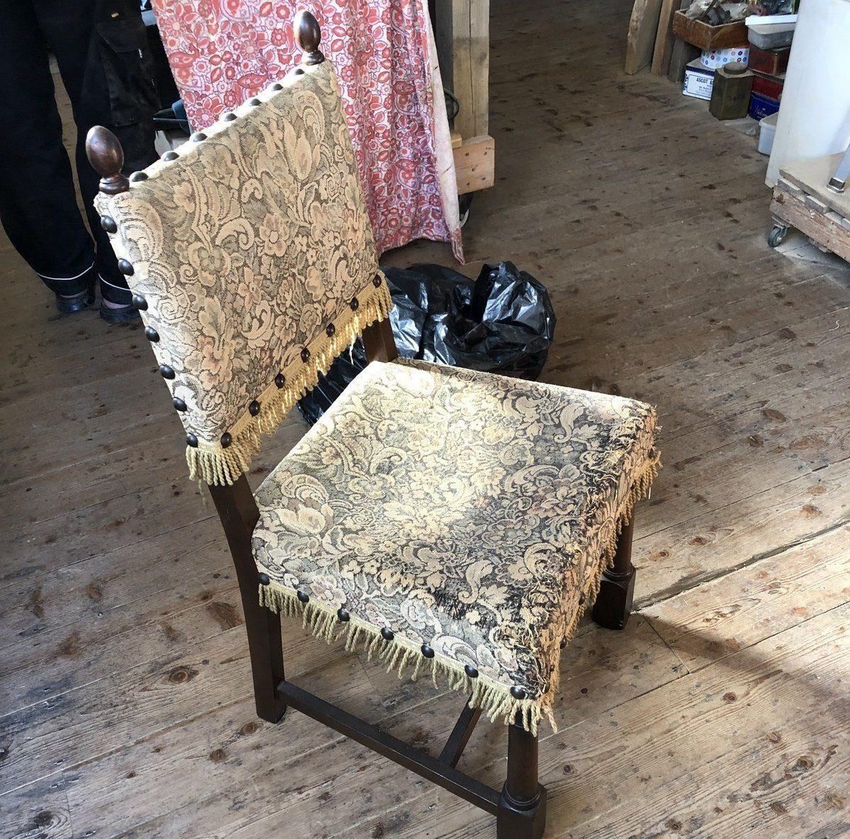 Bird chair before