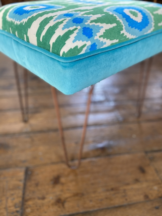 Stool with hairpin legs