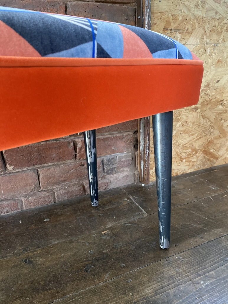 Fabric bench with Steel industrial legs